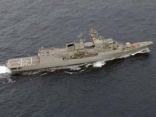 Австралия направила военный корабль и