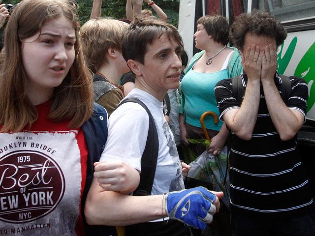 Малолетних протестующих против антигейского закона возле Думы з